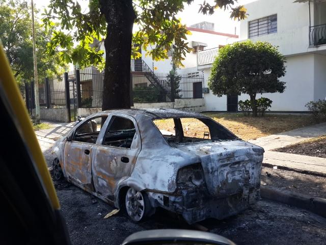 Carro quemado Valencia